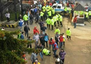 Fotografía http://www.rionegro.com.ar/diario/tierra-del-fuego-represion-en-protesta-de-docentes-y-camioneros-1170376-9532-nota.aspx